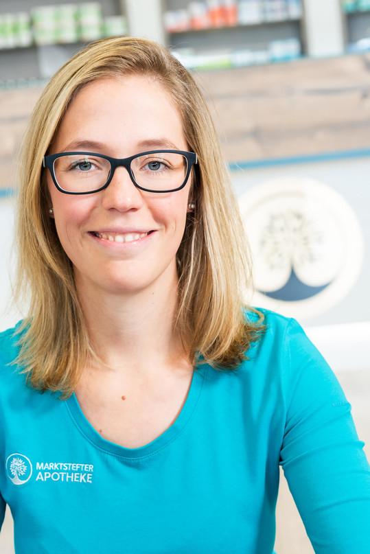 Marktstefter-Apotheke-Team-Lisa-Lutzenberger